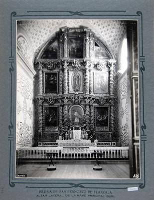 Vista del Altar lateral, lado sur dedicado a la Vírgen de Guadalupe