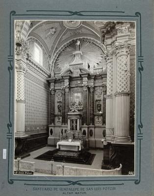 Vista del Altar Mayor del Santuario de Guadalupe