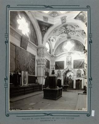 Sacristía de la Iglesia de San Francisco, vista parcial