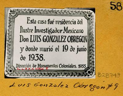 Placa en Luis González Obregón. N'9