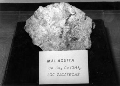 """""""Malaquita"""", piedra mineral para su estudio, detalle"""