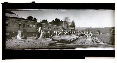 Estación del ferrocarril de Dos Ríos