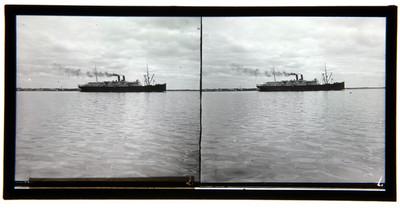 El vapor americano Esperanza, saliendo del puerto de Veracruz