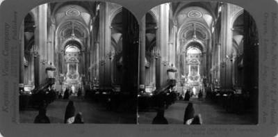 Vista interior de la Basílica de Guadalupe
