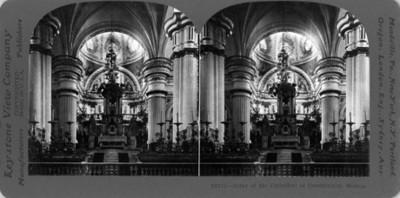 Vista del altar principal de la Catedral de Guadalajara