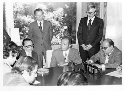 Oskar Fischer y Emilio O. Rabasa durante reunión en la cancillería