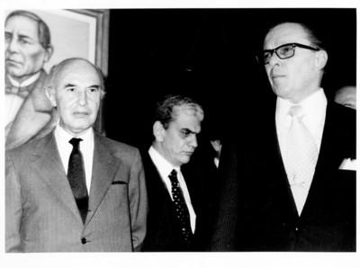 Alfonso García Robles durante la ceremonia de toma de posesión como Secretario de Relaciones Exteriores