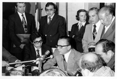Emilio O. Rabasa ofrece conferencia de prensa en interior del edificio de la SRE