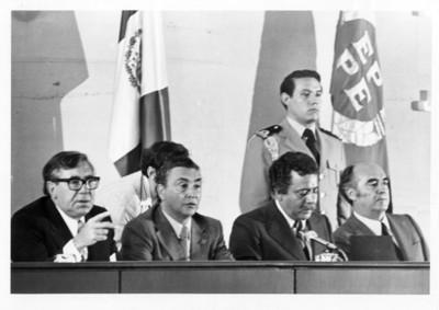 José López Portillo y funcionarios en la III Reunión del Parlamento Latinoamericano Europeo