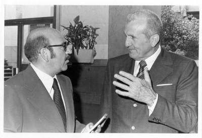 El Ministro de Educación cubano con José R. Fernández en entrevista
