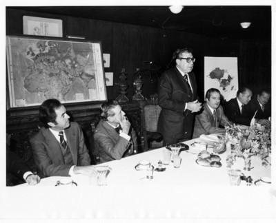 Santiago Roel dirige unas palabras a empresarios mexicanos durante reunión