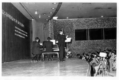 Concierto del violinista Henryk Szeryng con el pianista Gyorgy Sandor en México