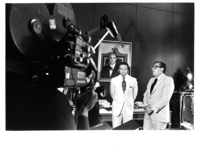 Santiago Roel y Andrew Young son entrevistados en oficina de la SRE