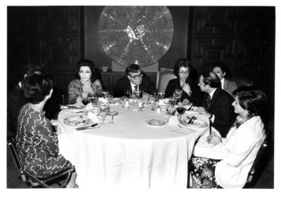 El licenciado Santiago Roel en comida con personalidades