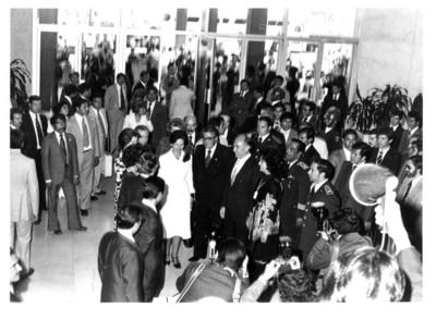 Recepción de Adolfo Suárez y comitiva en el aeropuerto