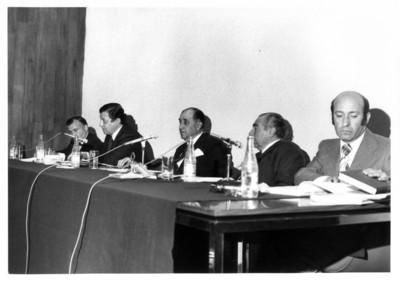 Sergio González Gálvez y funcionarios del Instituto Matías Romero en conferencia