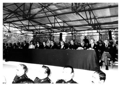 Hombres políticos reunidos en el XXIII aniversario Luctuoso del Gral. Ávila Camacho