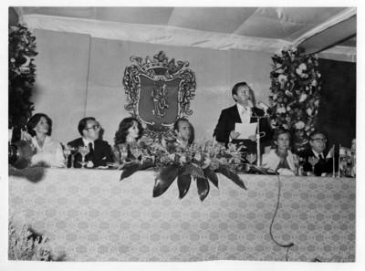 Luis Humberto Ducoing dirige discurso ante la visita de los Reyes de España a Guanajuato