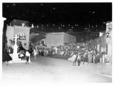 Puesta en escena de entremés cervantino con motivo de la visita de los Reyes de España