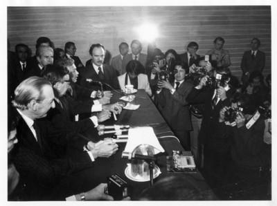 Feliciano Guerra responde cuestionamientos de periodistas durante conferencia de prensa