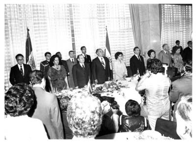 Presidentes de México y El Salvador reunidos durante comida ofrecida en la Cancillería