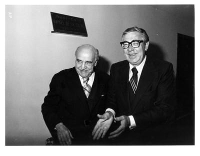 Rafael de la Colina y Santiago Roel durante la inauguración de auditorio
