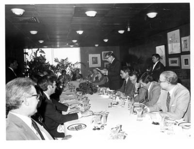 Santiago Roel pronuncia palabras durante reunión con los jefes de delegación de la ONU