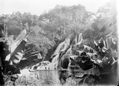 Cascada de Tamasopo, S.L.P., vista parcial