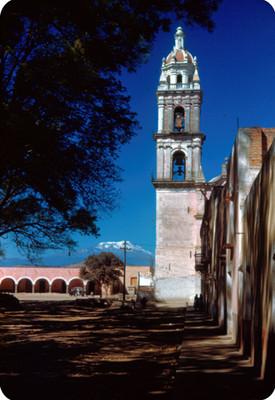 Torre de la iglesia del zocalo