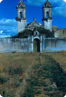 Entrada del Convento, vista frontal