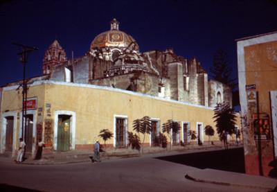 Iglesia, vista parcial