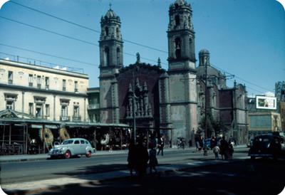 Iglesia, fachada, vista general
