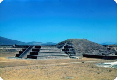 Arquitectura monumental prehispánica, vista general