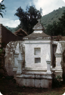 Monumento funerario en