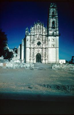 Templo de San Francisco Javier, vista frontal