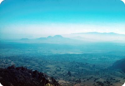 Valle de Mexico, vista desde la carretera a Cuernavaca