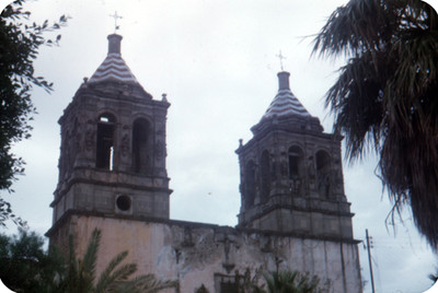 Torres de una iglesia