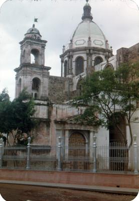 Arquitectura religiosa, vista parcial