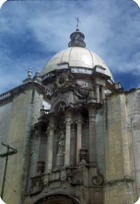 Arquitectura religiosa de la iglesia del