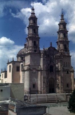 Parroquia de La Asuncion, lado oeste