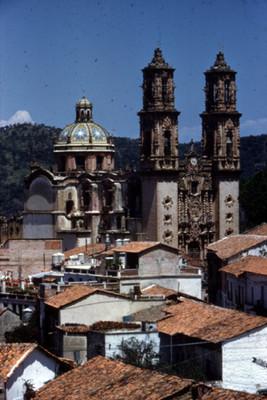Catedral de Santa Prisca, vista parcial