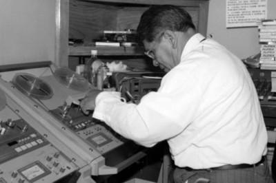 Empleado de la Dirección de Medios de Comunicación edita cinta
