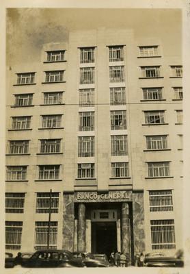 Edificio del Banco General, fachada