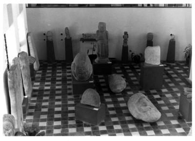Sala con escultura prehispánica