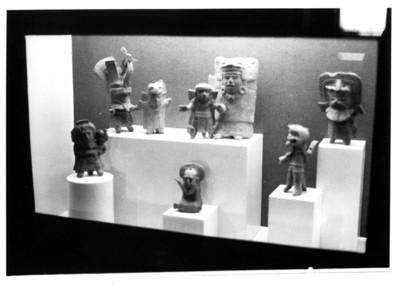 Exhibición de piezas mayas en el antiguo Museo regional de Tuxtla Gutiérrez