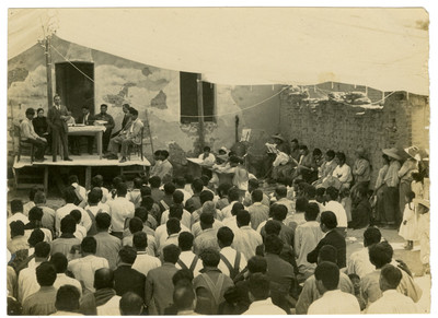 Reunión en la conferencia en Chipiltepec