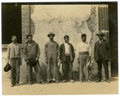 Algunos miembros del comité encargado del Campo de experimentación en Ocupilco
