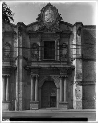 Iglesia de la Concepción, portada principal, ubicada en la calle Belisario Domínguez esquina con calle de 1857