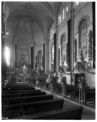 Templo del Sagrado Corazón de Jesús, vista hacia el altar mayor