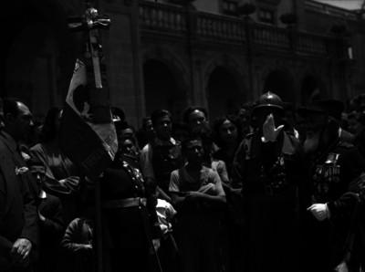 Manuel de la Rosa, héroe del 5 de Mayo, durante un homenaje en la entrada del Castillo de Chapultepec